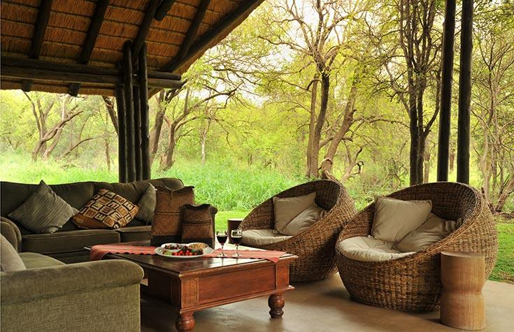 Black_Rhino_Outdoor-Lounge.jpg